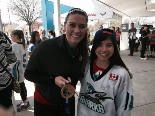 Natalie Spooner meets a Shark!
